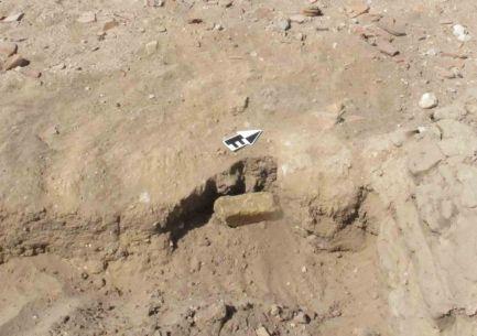 Sandstone rubbing stone
