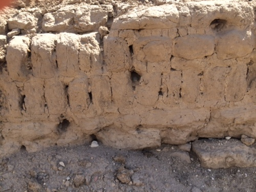 Another example of bricks set on edge in the original masonry. Note the two thin courses immediately right of the bricks set on edge.